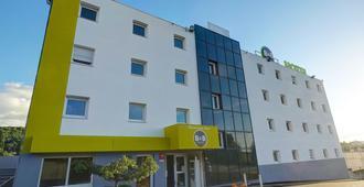 B&B ホテル サン テティエンヌ モンチュー - サン・テティエンヌ