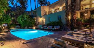 The Willows Historic Palm Springs Inn - פאלם ספירנגס - בריכה