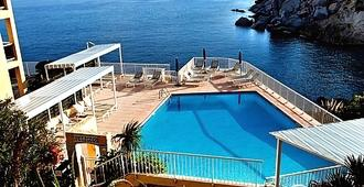 Hotel Saint Christophe - Calvi - Piscina