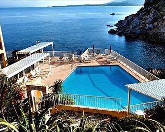 Hotel Saint Christophe - Calvi - Pool