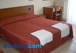 Hotel Margherita - San Giovanni Rotondo - Bedroom