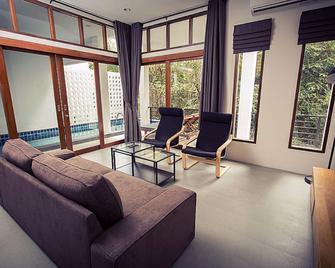Baan Talay Pool Villa - Koh Samui - Living room