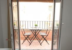 La Milagrosa Bed & Breakfast - Alicante - Balcony