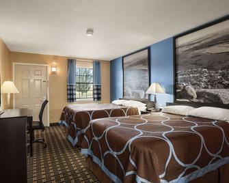 Super 8 by Wyndham Henryetta - Henryetta - Bedroom