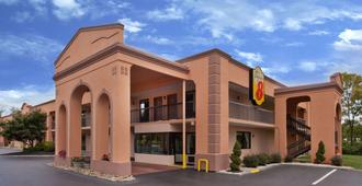 Super 8 by Wyndham Knoxville West/Farragut - Knoxville - Edificio