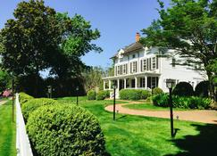 The Hedges Inn - East Hampton - Edificio