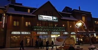 Top Hostel - Zakopane - Building