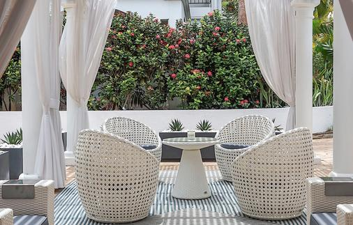 Floris Suite Hotel - Spa & Beach Club - Adults Only - Willemstad - Balcony