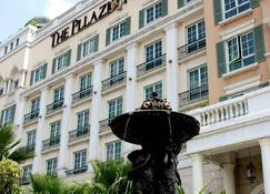 The Pllazio Hotel - Gurugram - Gebäude