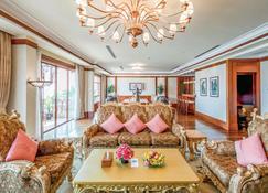Sokha Angkor Resort - Siem Reap - Living room