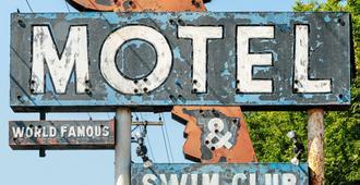 The Dive Motel & Swim Club - Nashville