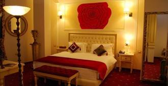 2 Kitarrat Hotel - Durrës - Habitación