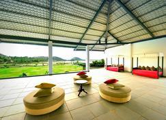 Tatsaraasa Resort & Spa, Udaipur - Udaipur - Patio