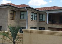Kwa-Mosele Bnb - Mogwase - Edificio