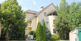 Mini Chisinau Hotel - Chisinau