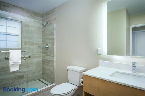 Diamond Head Inn - San Diego - Bathroom