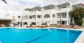 Andronikos Hotel - Adults Only - Mykonos - Building