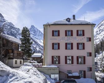 Hotel Besso - Гріменц - Building
