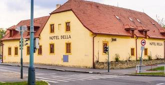 Hotel Bella - פראג - בניין
