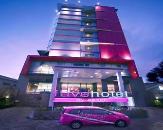 favehotel Losari - Makassar - Макассар - Building