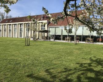 Cleythil Hotel - Maldegem - Gebäude