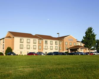 Comfort Inn & Suites - Grinnell - Building