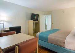 奧卡拉會議中心 6 號汽車旅館 - 奥卡拉 - 奧卡拉 - 臥室