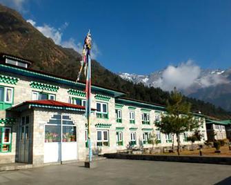 Yeti Mountain Home, Lukla - Lukla - Building