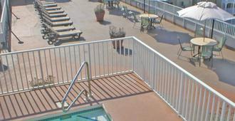 Monte Carlo Boardwalk / Oceanfront Ocean City - Ocean City - Pool