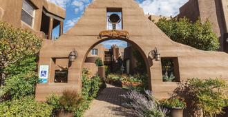 Adobe Grand Villas - Sedona - Building