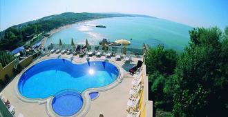 Kilyos Kale Hotel - Estambul - Piscina