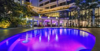 Continental Hotel Panama - פנמה סיטי - בריכה