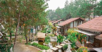 Vila Air Natural Resort - Bandung - Outdoor view