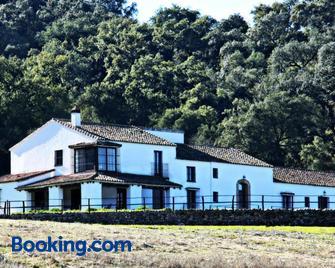 Villa Escutia - Cazalla de la Sierra - Gebäude