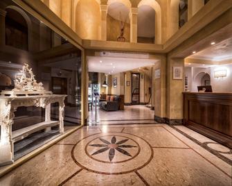 Hotel Pitti Palace Al Ponte Vecchio - Florenz - Lobby
