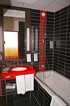 阿梅迪亞薩爾茨堡酒店 - 薩爾斯堡 - 薩爾玆堡 - 浴室