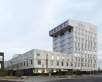 Clarion Hotel Air - Sola - Gebäude