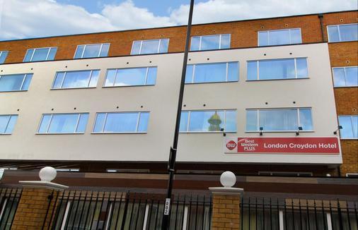 Best Western Plus London Croydon Aparthotel - Croydon - Gebäude