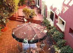 Hotel Alsacia - Tegucigalpa - Patio