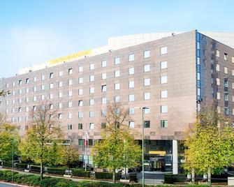 Hotel Düsseldorf-Seestern - Düsseldorf - Gebäude