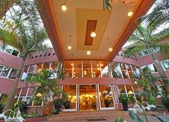 Imperial Golf View Hotel - Entebbe - Building