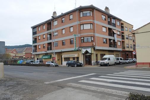 Hostal Venecia - Azagra - Building