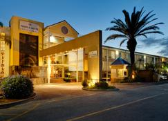 Protea Hotel by Marriott Knysna Quays - Knysna - Edificio