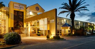 Protea Hotel by Marriott Knysna Quays - Knysna - Bangunan