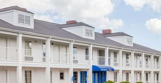 Baymont Inn and Suites Florence/Muscle Shoals - Флоренция