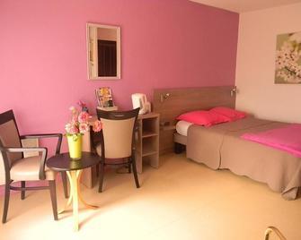 Résidence Hôtelière Hélios - Jonzac - Bedroom