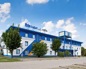 Ibis Budget Berlin Hoppegarten - Хоппегартен - Building