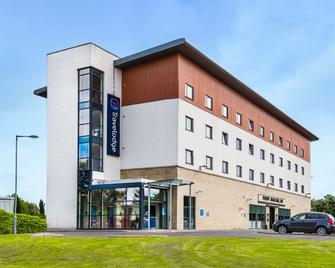 Travelodge Livingston - Livingston - Building