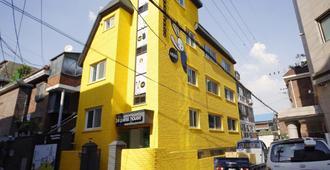 24 Guesthouse Seoul Cheongryangri - Seoul - Building