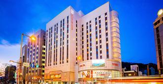 Matsuyama Tokyu Rei Hotel - Matsuyama - Building